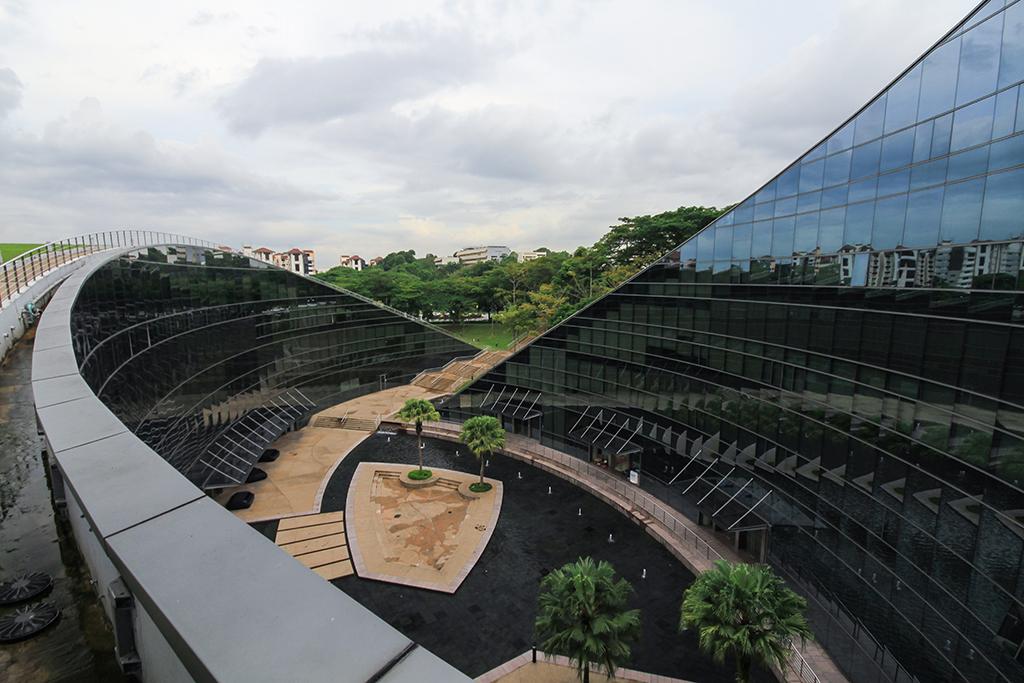 Best University in Singapore