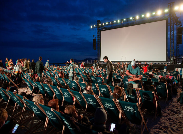 Outdoor theaters in Singapore